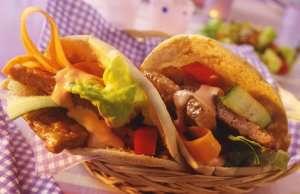 Prøv også Kylling/kalkunburger i pitabrød.