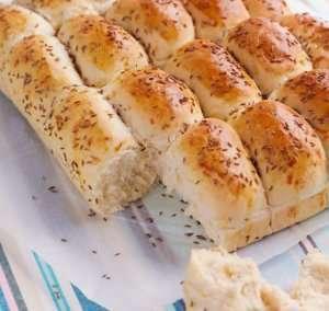 Frokostbrød med ost og karve oppskrift.