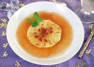 Grillet ananas med papayasaus oppskrift.