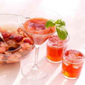 Melon- og jordbærcocktail oppskrift.
