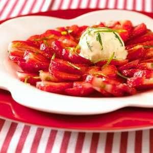 Prøv også Jordbærcarpaccio med mynteis.