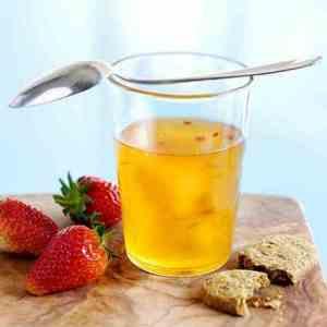 Prøv også Safransuppe med frukt og chili.