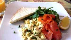 Prøv også Eggerøre med røkt laks.
