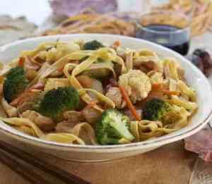 Prøv også Kyllingwok med blandede grønnsaker.