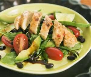 Prøv også Chili- og kokosglaserte Quorn biter på salatseng.