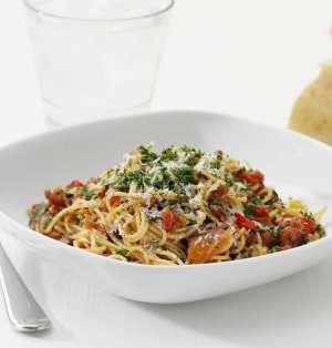 Prøv også Spaghetti con Pesto all´Arrabbiata, Spaghetti med sterk pestosaus.