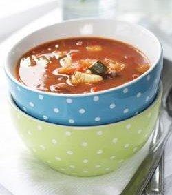 Prøv også Kyllingsuppe med squash og bønner.
