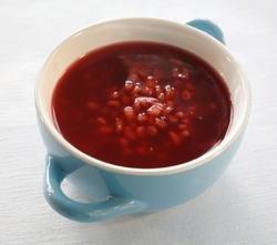 Prøv også Saftsuppe med byggryn og rosiner.