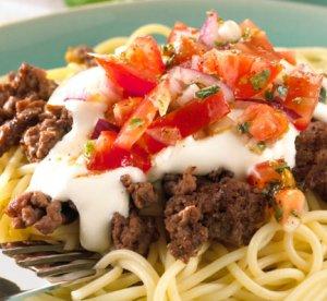 Prøv også Pasta med kjøttdeig og tomatsalsa.