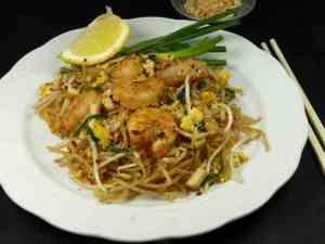 Prøv også Pad Thai (stekte nudler) 2.