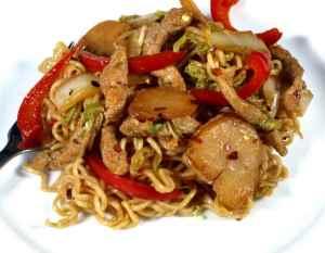 Prøv også Kai Yang (krydret kylling-wok).