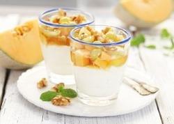 Prøv også Yoghurt med frukt, honning og nøtter.