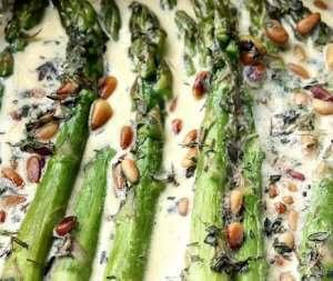 Prøv også Asparges i fløtesaus.