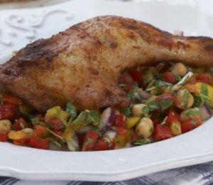 Prøv også Grillede kyllinglår med kikertsalat.