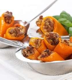 Fylt paprika med ris og karbonadedeig oppskrift.
