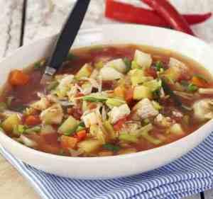 Les mer om Kyllingsuppe med rotgr�nnsaker hos oss.