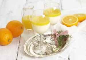 Prøv også Pannacotta med appelsinsaus.