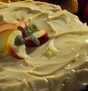 Prøv også Amerikansk eplekake med kremostglasur.