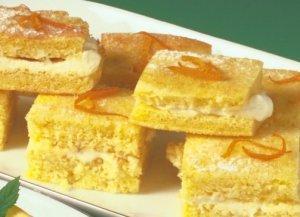 Prøv også Appelsinkake med ostekrem.