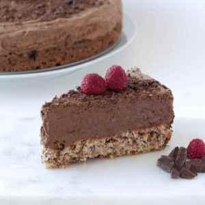 Les mer om Sjokolademoussekake med sukrin hos oss.