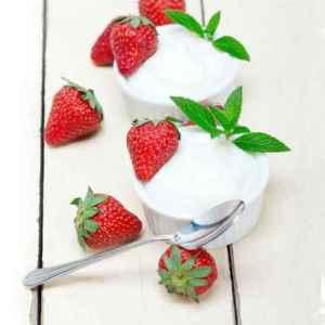 Prøv også Jordbær med limekrem.