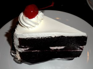 Black forest kake.
