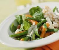 Prøv også Gulrotsalat med krydret yoghurtdressing.