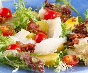Prøv også Salat med klippfisk og tomater.