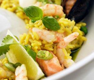 Prøv også Paella med reker, torsk og blåskjell.