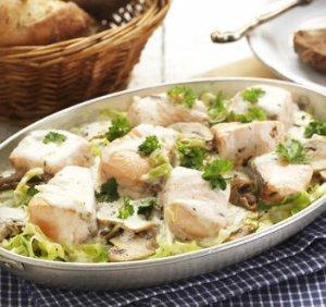 Prøv også Gryte med laks, sopp og kål.
