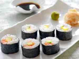 Prøv også Maki sushi med laks, kveite og reker.