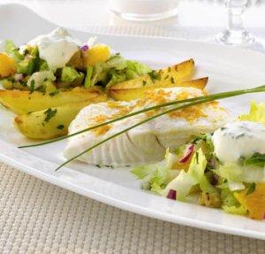 Prøv også Kveite med frisk salat og pepperrotkrem.