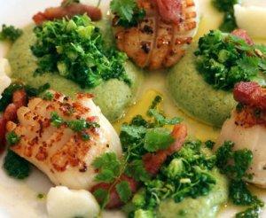 Prøv også Kamskjell med brokkoli og hvitløk.