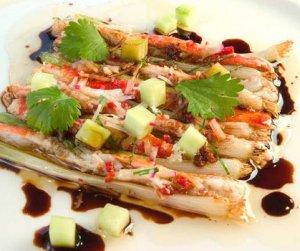 Prøv også Varm kongekrabbe med hvitløk, soya og vårløk.