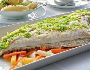 Prøv også Hel kveite i ovn med rotgrønnsaker.