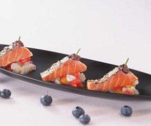Prøv også Marinert laks med blåbærpuré.