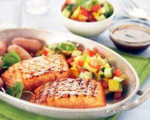 Prøv også Marinert laks med grønnsakssalsa.