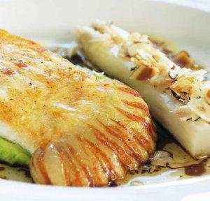 Prøv også Stekt piggvar med soya- og hasselnøttsjy.