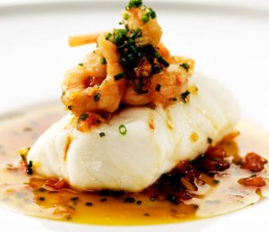 Prøv også Ovnsbakt torsk med soyasmør og reker.