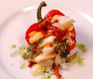 Prøv også Fylt paprika med tørrfisk og bacon.