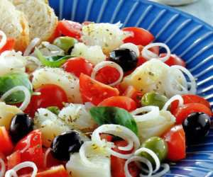 Prøv også Salat med tørrfisk.