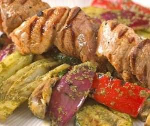 Prøv også Black and White spyd med grillede grønnsaker.