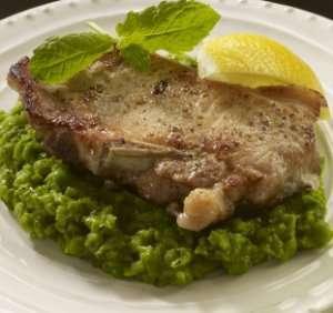 Prøv også Svinekoteletter med grov ertepuré.