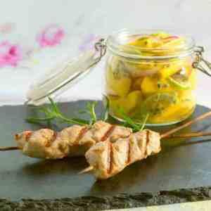 Grillspyd med mangosalat oppskrift.