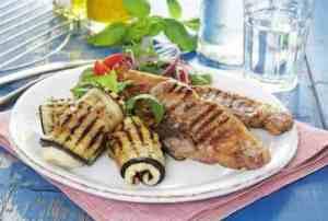 Pr�v ogs� Lammekoteletter med halloumi - og aubergineruller.
