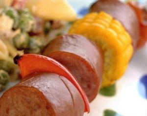 Prøv også Pølsespyd med pastasalat.