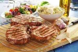 Prøv også Sommerkoteletter med bulgurotto.
