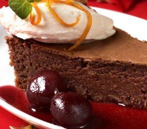 Prøv også Bløt sjokoladekake med kirsebærsaus.