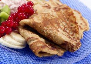 Prøv også Grove pannekaker med friskt tilbehør.