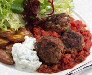 Prøv også Greske kjøttboller i tomatsaus.